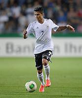 FUSSBALL INTERNATIONAL Laenderspiel Freundschaftsspiel U 21   Deutschland - Frankreich     13.08.2013 Leonardo Bittencourt (Deutschland) am Ball