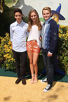 Teo Halm, Ella Wahlestedt, Reese C. Hartwig<br />