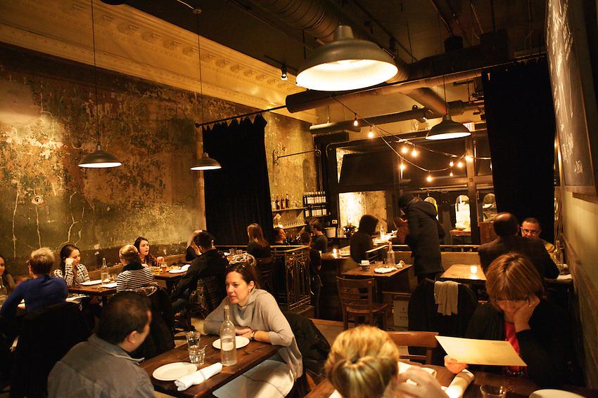 JERSEY CITY, NJ - FEBRUARY 12, 2014: Diners at Razza Pizza Artigianale. CREDIT: Clay Williams for Edible Jersey.<br /> <br /> <br /> &copy; Clay Williams / http://claywilliamsphoto.com