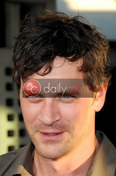 Tom Everett Scott<br />