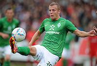 FUSSBALL   1. BUNDESLIGA   SAISON 2011/2012   TESTSPIEL SV Werder Bremen - Olympiakos Piraeus             26.07.2011 Lennart THY (SV Werder Bremen) Einzelaktion am Ball