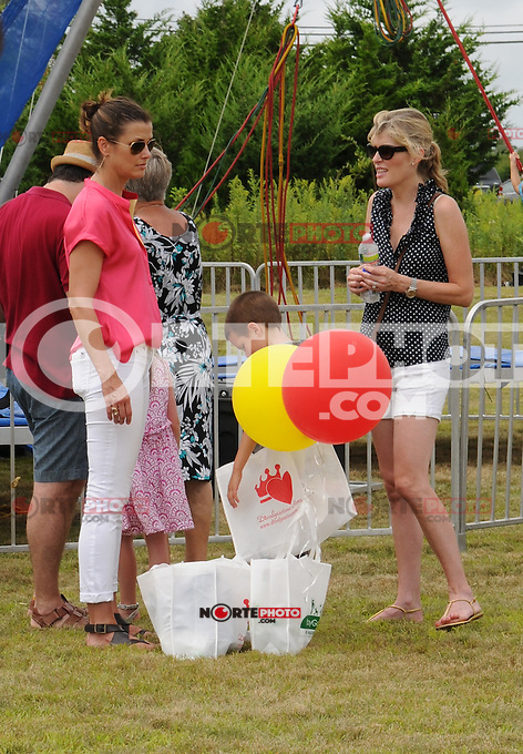 BRIDGEHAMPTON, NY - AUGUST 05: Bridget Moynahan with son Jack at the 23rd annual Einstein Hamptons Family Day at the Ross School on August 5, 2012 in Bridgehampton, New York. &copy;&nbsp;mpi98/MediaPunch Inc. /NortePhoto.com<br />