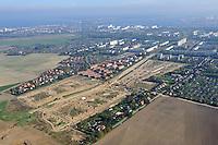 Neubaugebiet: DEUTSCHLAND, MECKLENBURG-VORPOMMERN, ROSTOCK, (GERMANY, MECKLENBURG POMERANIA), 10.10.2010:   Rostock, Deutschland, Mecklenburg, Vorpommern, Lichtenhagen, Elmenhorst, Neubaugebiet,  Luftaufnahme, Luftbild, Luftansicht, Ansicht, Aufsicht, .c o p y r i g h t : A U F W I N D - L U F T B I L D E R . de.G e r t r u d - B a e u m e r - S t i e g 1 0 2, 2 1 0 3 5 H a m b u r g , G e r m a n y P h o n e + 4 9 (0) 1 7 1 - 6 8 6 6 0 6 9 E m a i l H w e i 1 @ a o l . c o m w w w . a u f w i n d - l u f t b i l d e r . d e.K o n t o : P o s t b a n k H a m b u r g .B l z : 2 0 0 1 0 0 2 0  K o n t o : 5 8 3 6 5 7 2 0 9.C o p y r i g h t n u r f u e r j o u r n a l i s t i s c h Z w e c k e, keine P e r s o e n l i c h ke i t s r e c h t e v o r h a n d e n, V e r o e f f e n t l i c h u n g n u r m i t H o n o r a r n a c h M F M, N a m e n s n e n n u n g u n d B e l e g e x e m p l a r !.