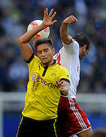 FUSSBALL   1. BUNDESLIGA   SAISON 2012/2013   4. SPIELTAG Hamburger SV - Borussia Dortmund               22.09.2012         Moritz Leitner (li, Borussia Dortmund) gegen Heiko Westermann (re, Hamburger SV)