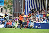 KAATSEN: FRANEKER: 29-07-2015, PC, Gert-Anne van der Bos, Taeke Triemstra en Daniël Iseger hebben woensdag finale van de 162ste PC in Franeker gewonnen van Jan Dirk de Groot, Renze Hiemstra en Hans Wassenaar  5-2 en 6-2, aan de opslag Gert-Anne van der Bos (Koning), ©foto Martin de Jong