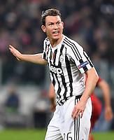 FUSSBALL CHAMPIONS LEAGUE  SAISON 2015/2016  ACHTELFINALE HINSPIEL Juventus Turin - FC Bayern Muenchen             23.02.2016 Stephan Lichtsteiner (Juventus Turin)