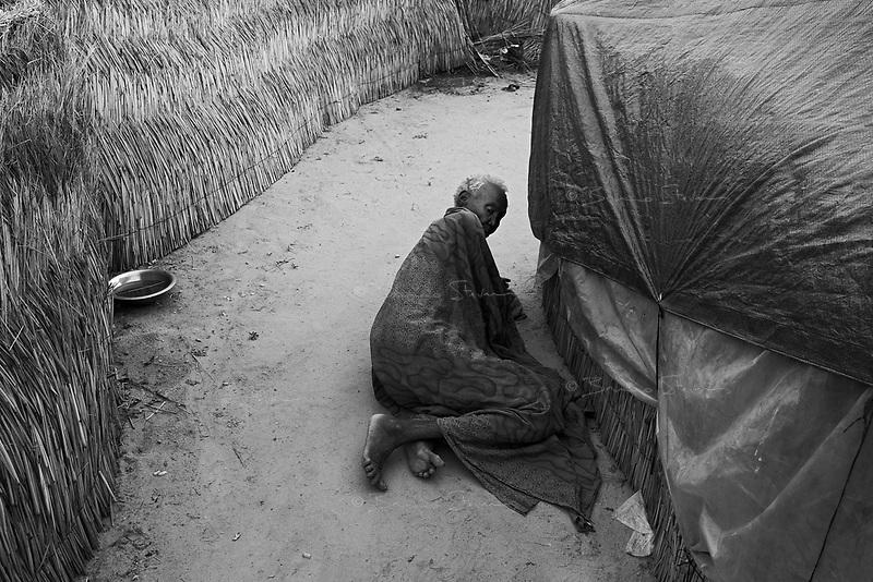 En Geneina, West Darfur, August 10, 2004.Sultan House IDP camp.