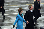 Washington, DC - January 20, 2001 -- United States President George W. Bush and first lady Laura Bush after the swearing-in ceremony..Credit: Ron Sachs / CNP
