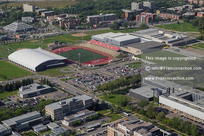 Stade telus du peps de l 39 universite laval aerial for Club piscine quebec qc