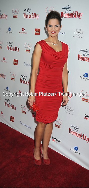 Maria Simon on Univision attends Woman's Day Red Dress Awards on February 15, 2012 at Jazz at Lincoln Center in New York City. Dr Oz, Star Jones and US Surgeon General Dr Regina Benjamin were honored.