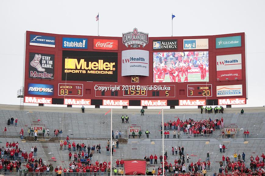 College Football Scoreboard an NCAA college football