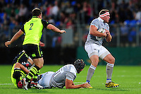 Henry Thomas of Bath Rugby in possession. Pre-season friendly match, between Leinster Rugby and Bath Rugby on August 26, 2016 at Donnybrook Stadium in Dublin, Republic of Ireland. Photo by: Patrick Khachfe / Onside Images