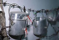 APR 2002, ARGOSTOLI (Cefalonia): reperti esposti nel piccolo museo dedicato alla Divisione ACQUI.April 2002, Argostoli (Cephalonia) exhibits in the small museum dedicated to  the Division ACQUI .