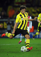 FUSSBALL   CHAMPIONS LEAGUE   SAISON 2012/2013   GRUPPENPHASE   Borussia Dortmund - Ajax Amsterdam                            18.09.2012 Mats Hummels (Borussia Dortmund) verschiesst seinen Elfmeter