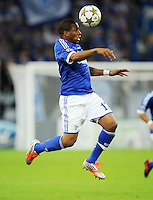 FUSSBALL   CHAMPIONS LEAGUE   SAISON 2012/2013   GRUPPENPHASE   FC Schalke 04 - Montpellier HSC                                   03.10.2012 Jefferson Farfan (FC Schalke 04) Einzelaktion am Ball