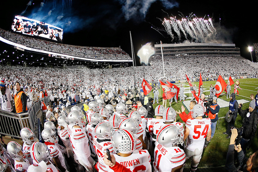 The Ohio State Buckeyes take the field for the NCAA football game against the Penn State Nittany Lions at Beaver Stadium in State College, Penn. on Oct. 22, 2016. (Adam Cairns / The Columbus Dispatch)