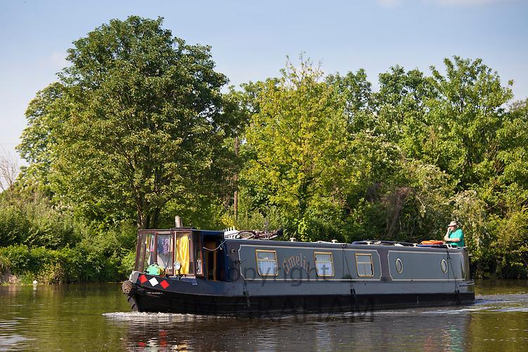 Narrow boat pleasure cruiser on River Thames in Berkshire, UK