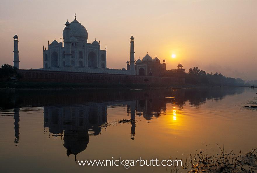 Taj Mahal and Yamuna River at sunset. Agra, India