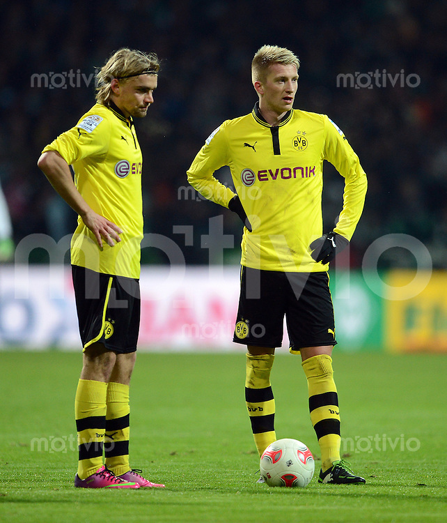 FUSSBALL   1. BUNDESLIGA   SAISON 2012/2013    18. SPIELTAG SV Werder Bremen - Borussia Dortmund                   19.01.2013 Marcel Schmelzer (li) und Marco Reus (re, beide Borussia Dortmund)