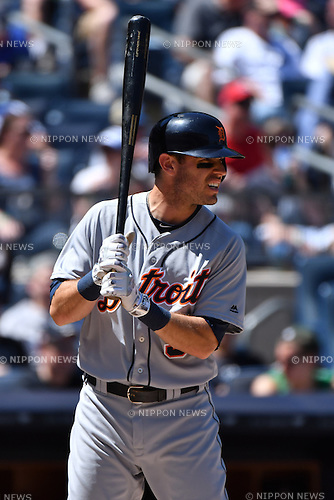 Ian Kinsler (Tigers),<br /> JUNE 12, 2016 - MLB :<br /> Ian Kinsler of the Detroit Tigers during the Major League Baseball game against the New York Yankees at Yankee Stadium in the Bronx, New York, United States. (Photo by Hiroaki Yamaguchi/AFLO)