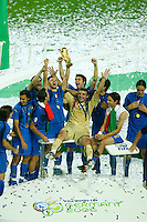 Jul 9, 2006; Berlin, GERMANY; Italy forward (7) Alessandro Del Piero hoists the World Cup trophy while surrounded by teammates following their 5-3 win over France on penalty kicks following a 1-1 draw after extra time in the final of the 2006 FIFA World Cup at the Olympiastadion, Berlin. Mandatory Credit: Ron Scheffler-US PRESSWIRE Copyright © Ron Scheffler