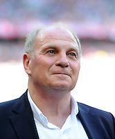 FUSSBALL   1. BUNDESLIGA  SAISON 2011/2012   33. Spieltag FC Bayern Muenchen - VfB Stuttgart       28.04.2012 Praesident Uli Hoeness (FC Bayern Muenchen)