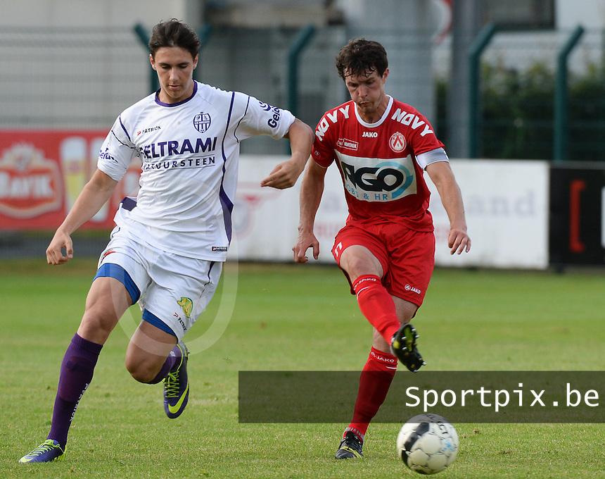 SW Harelbeke - KV Kortrijk : Gertjan De Mets (r) aan de bal voor Dylan Descheemaeker (links)<br /> foto VDB / BART VANDENBROUCKE