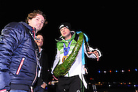 SCHAATSEN: AMSTERDAM: Olympisch Stadion, 28-02-2014, KPN NK Sprint/Allround, Coolste Baan van Nederland, Huldiging Olympische medaillewinnaars, Sven Kramer, ©foto Martin de Jong