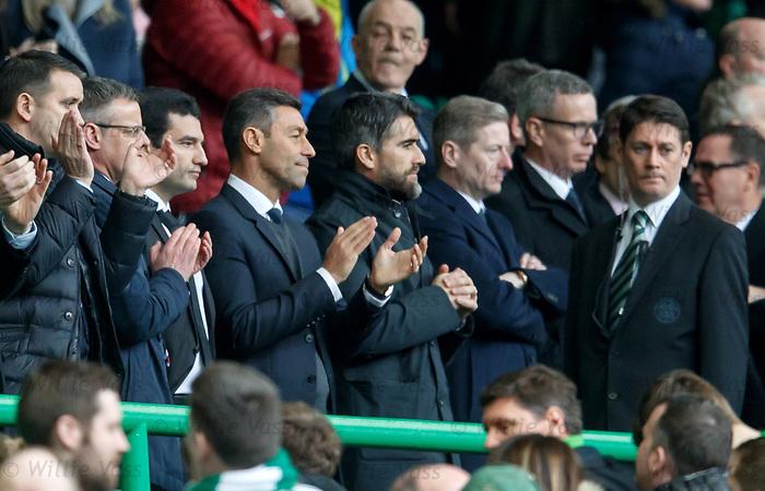 Pedro Caixinha applauds his Rangers team