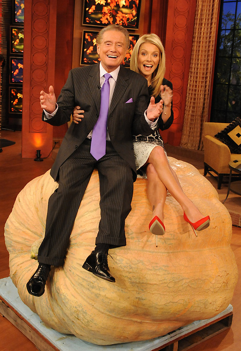 """Regis Philbin and Kelly Ripa are pictured during the production of """"Live! with Regis and Kelly"""" in New York on Thursday, October 21, 2010..Photo: David M. Russell/Disney-ABC"""