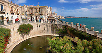 Greek Arethusa Fountain - Syracuse ( Siracusa) , Sicily