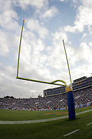 11 November 2006: Field Goal uprights during the UCLA Bruins 25-7 win over the Oregon State Beavers Pac-10 college football game at the Rose Bowl.<br />