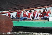 ZEILEN: SNEEK: FRISOBOKAAL, 30-05- 2015, SKS Skûtsjesilen, Organisatie Provincie Fryslân in samenwerking met Sintrale Kommisje Skûtsjesilen en hun 14 Skûtsjes, Ljouwerter skûtsje met Team Leeuwarden-Friesland 2018 aan boord met o.a. Jan Slagter (oprichter/bestuurder Omroep MAX), ©foto Martin de Jong