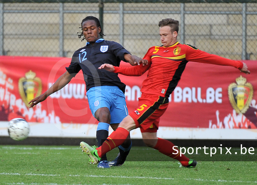 Belgium U19 - England U19 : Alexander Corryn (5) and Shaquile Coulthirst.foto DAVID CATRY / Nikonpro.be