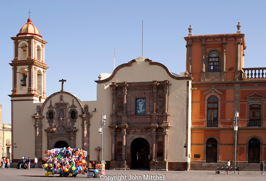 The Iglesia de la Compania and the Capilla de Loreto on the Plaza de los Fundadores, San Luis de Potosi, Mexico