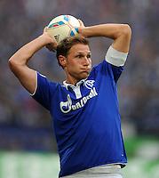 FUSSBALL   1. BUNDESLIGA   SAISON 2011/2012    11. SPIELTAG FC Schalke 04 - 1899 Hoffenheim                            29.10.2011 Benedikt HOEWEDES (Schalke)