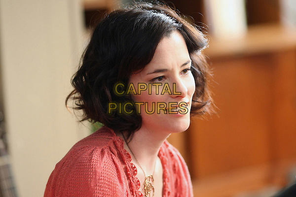 PARKER POSEY.in Bored to Death.*Filmstill - Editorial Use Only*.CAP/FB.Supplied by Capital Pictures.