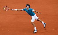 Roger Federer (SUI) (1) against Robin Soderling (SWE) (1) in the quarter finals of the men's singles. Robin Soderling beat Roger Federer 3-6 6-3 7-5 6-4.Tennis - French Open - Day 10 - Tue 1 June 2010 - Roland Garros - Paris - France..© CameraSport-MIKE FREY - 43 Linden Ave. Countesthorpe. Leicester. England. LE8 5PG - Tel: +44 (0) 116 277 4147 - admin@camerasport.com - www.camerasport.com