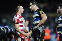 Steve McColl of Gloucester Rugby shakes hands with Charlie Ewels of Bath Rugby after the match. Aviva Premiership match, between Bath Rugby and Gloucester Rugby on February 5, 2016 at the Recreation Ground in Bath, England. Photo by: Patrick Khachfe / Onside Images