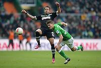 FUSSBALL   1. BUNDESLIGA   SAISON 2012/2013    26. SPIELTAG SV Werder Bremen - Greuther Fuerth                        16.03.2013 Sercan Sararer (li, Greuther Fuerth) gegen Aleksandar Ignjovski (re, SV Werder Bremen)