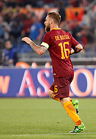 Calcio, Serie A: Roma vs Juventus. Roma, stadio Olimpico, 14 maggio 2017. <br /> Roma&rsquo;s Daniele De Rossi celebrates after scoring during the Italian Serie A football match between Roma and Juventus at Rome's Olympic stadium, 14 May 2017. Roma won 3-1.<br /> UPDATE IMAGES PRESS/Riccardo De Luca