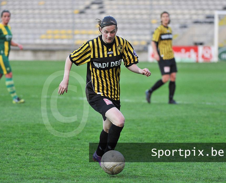 Lierse SK - ADO Den Haag : Elke Van Gorp.foto DAVID CATRY / Nikonpro.be