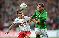 FUSSBALL   1. BUNDESLIGA   SAISON 2011/2012    14. SPIELTAG SV Werder Bremen - VfB Stuttgart       27.11.2011 Tamas HAJNAL (li, Stuttgart) gegen Philipp BARGFREDE (re, Bremen)