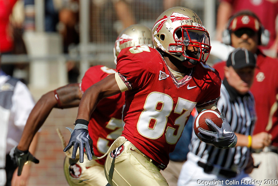 TALLAHASSEE, FL 10-FSU-BC 101610 FB10 CH-Florida State's Bert Reed runs 42 yards for a touchdown against Boston College during second half action Saturday at Doak Campbell Stadium in Tallahassee. The Seminoles beat the Eagles 24-19. .COLIN HACKLEY PHOTO