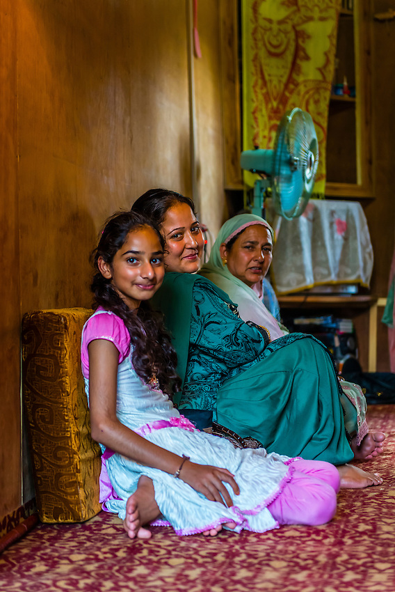 muslim single women in lelia lake 100% free online dating in english 1,500,000 daily  salem/bloomington indiana bigtimeallthetime 51 single man seeking women  spend my weekends on the lake.