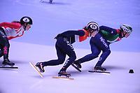 SHORT TRACK: ROTTERDAM: Ahoy, 12-03-2017, KPN ISU World Short Track Championships 2017, Rianne de Vries (NED   #51), Arianna Fontana (ITA   #111), ©photo Martin de Jong
