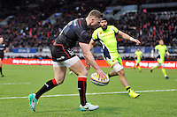 Chris Ashton of Saracens runs in a try in the first half. Aviva Premiership match, between Saracens and Sale Sharks on February 25, 2017 at Allianz Park in London, England. Photo by: Patrick Khachfe / JMP