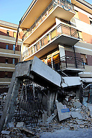 L'Aquila 6 Aprile 2009..Terremoto all'Aquila.La Casa dello Studente in via XX Settembre..Earthquake to the city of L'Aquila.The Student dormitory in street XX Settembre. .