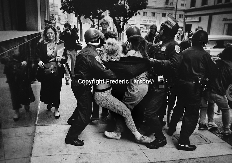 Police action against a protest at the San Francisco Federal Building, Californina.