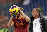 Calcio, Serie A: Roma vs Palermo. Roma, stadio Olimpico, 4 novembre 2012..AS Roma coach Zdenek Zeman, of Czech Republic, looks on past defender Federico Balzaretti, left, during the Italian Serie A football match between AS Roma and Palermo, at Rome's Olympic stadium, 4 november 2012..UPDATE IMAGES PRESS/Riccardo De Luca